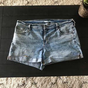 Bundle two pairs of Jean shorts